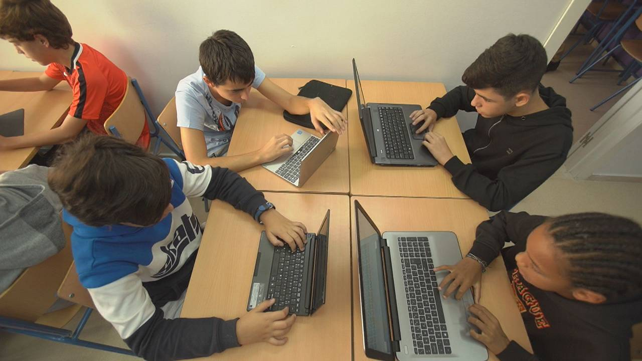 Mit SELFIE können Schulen ihre digitale Kompetenz einschätzen