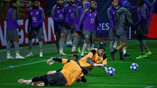 Casillas no treino de adaptação do FC Porto ao relvado do Lokomotiv
