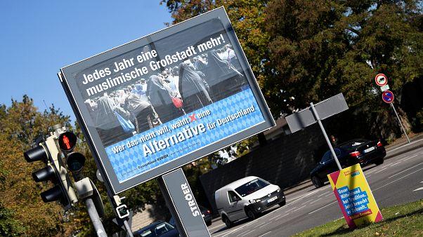 Streit um AfD-Wahlkampf: Vater von Kandidatin (24) zückt die Waffe