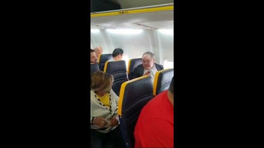 پلیس بریتانیا اطلاعات مسافر «نژادپرست» رایانایر را به اسپانیا داد