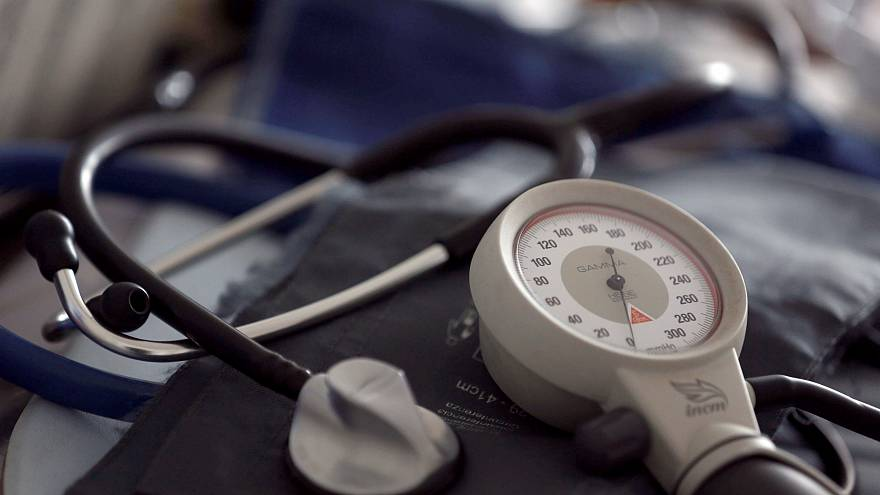 Egymilliárdért bérel orvosokat a Péterfy kórház