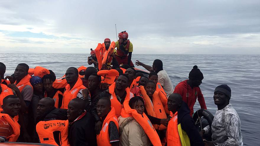 Italia culpa a su propia guardia costera por la crisis del Diciotti