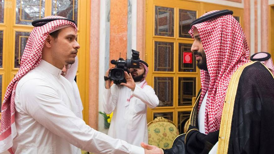 Photo of Saudi Crown Prince shaking hands with Khashoggi's son draws criticism on social media