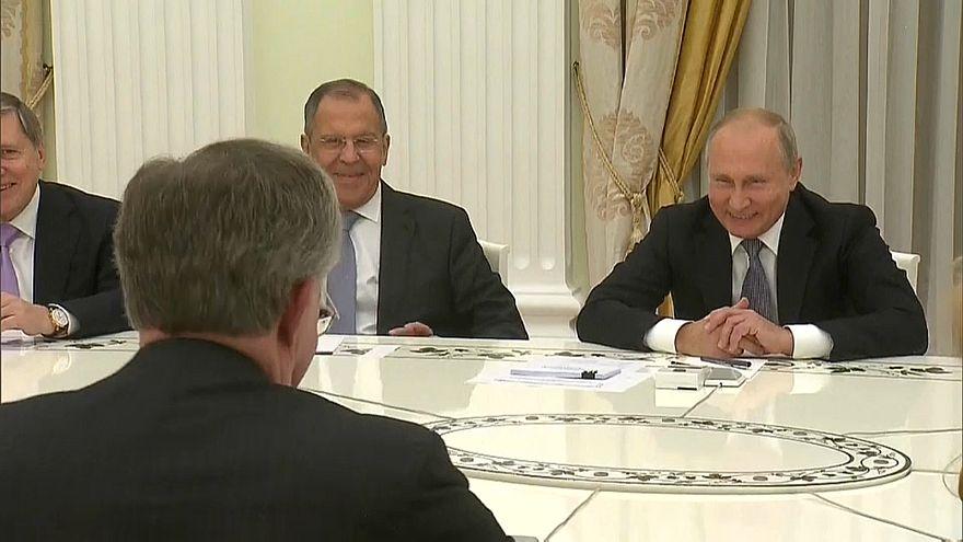 """""""El águila se comió todas las aceitunas"""" la surrealista conversación entre Putin y Bolton"""