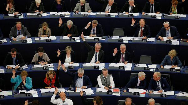 رای موافق پارلمان اروپا به حذف پلاستیک یکبارمصرف از بازارهای قاره سبز