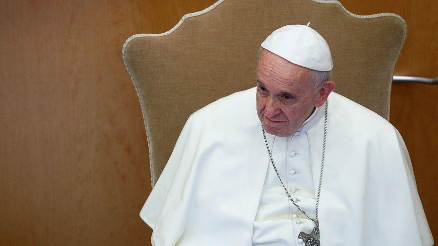 Vatikan: Papst Franziskus schweigt zu den Vorwürfen von Erzbischof Viganò