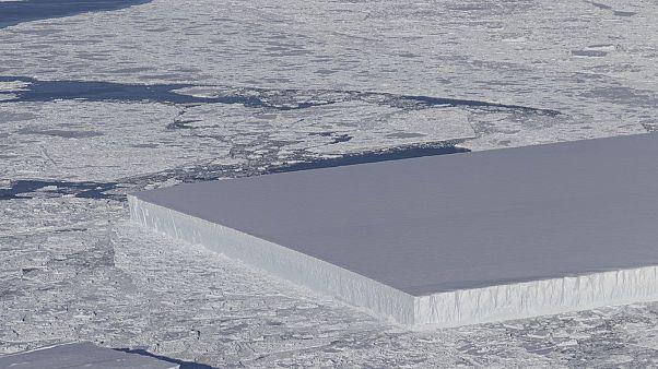 VIDEO Un iceberg rettangolare in Antartide