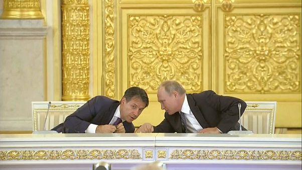 Poutine et Conte ouvrent une usine