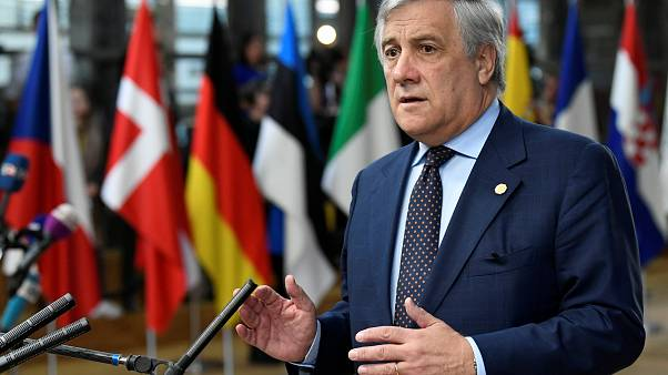 """Tajani : il faut éviter la """"bataille entre Bruxelles et Rome"""""""