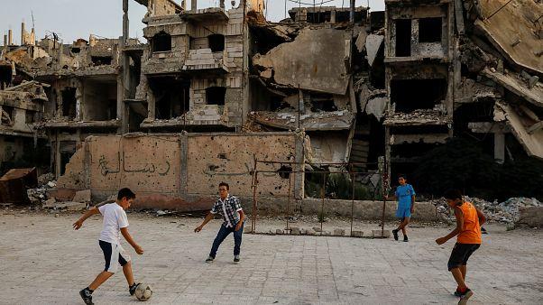 Suriye'de yeni anayasa için üç ülke anlaşırken, Şam'dan 'egemenlik' vurgusu geldi