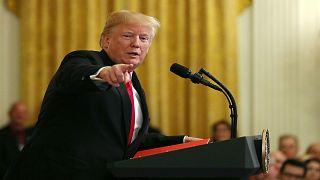 الرئيس الأمريكي دونالد ترامب يدلي بتصريحات في البيت الأبيض
