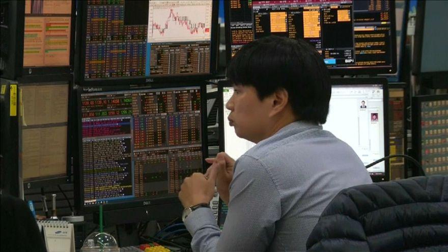 Descenso de las bolsas asiáticas siguiendo a Wall Street
