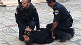 Erőszakot alkalmaztak tüntető kopt keresztény szerzetesekkel szemben izraeli rendőrök