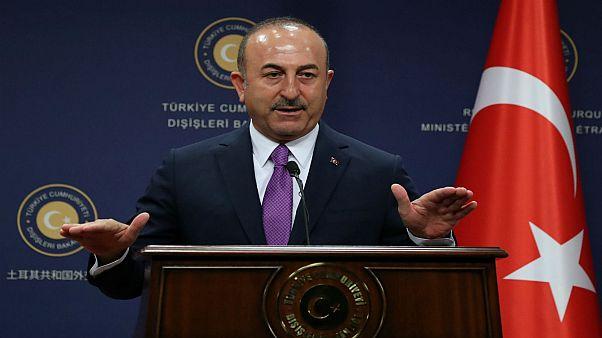 وزير الخارجية التركي مولود جاويش أوغلو خلال مؤتمر صحفي في أنقرة 3-10-2018