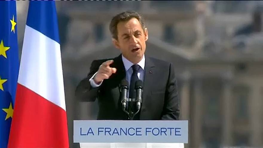 القضاء الفرنسي يرفض طعن ساركوزي على قرار محاكمته