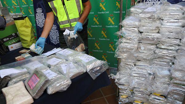 İspanya'da muz konteynerlerine saklanmış 6 ton kokain ele geçirildi