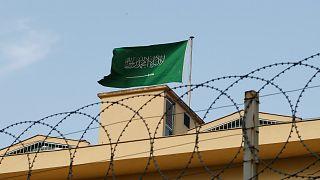 وسائل إعلام: الشرطة التركية تفحص عينات مياه من بئر بالقنصلية السعودية
