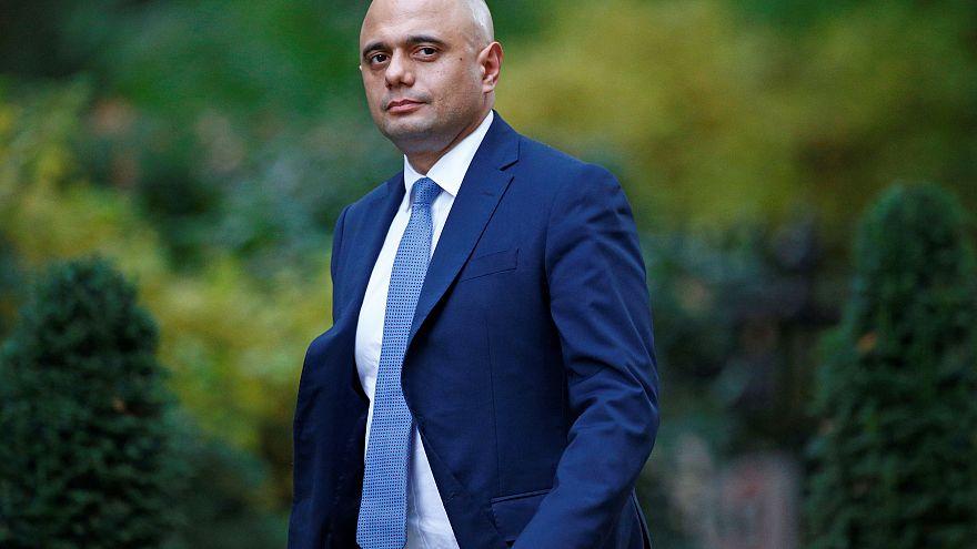 پوزش وزیرکشور بریتانیا به دلیل نمونه برداری از «دیانای» پناهجویان