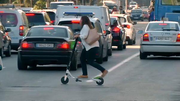 Мадрид ограничивает скутеры