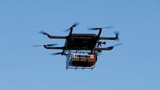 Drone con cellulari e droga cade dentro il carcere di Taranto