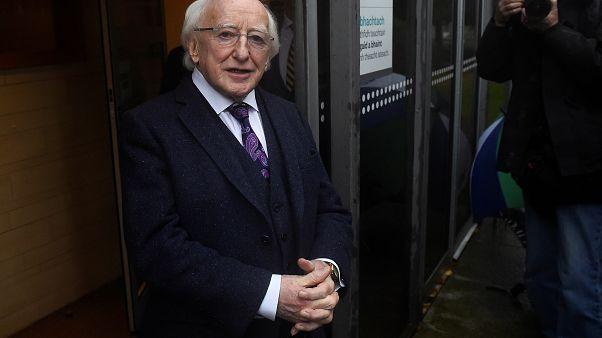 Higgins, président favori des Irlandais