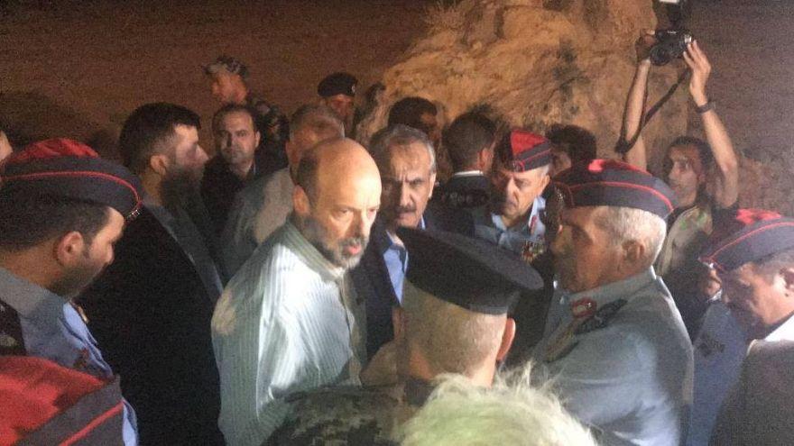 قتلى ومفقودون في الأردن أغلبهم أطفال في سيول اجتاحت منطقة البحر الميت