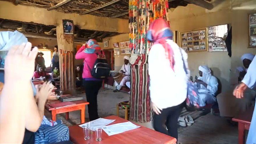 """""""الغناوة"""" المغربية تقدم للسياح موسيقا إبداعية ممزوجة بأشكال التراث الإفريقي"""