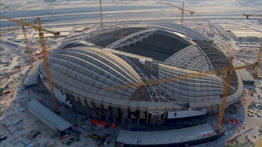 إنفانتينو يشيد بالتقدم القطري في التحضيرات لاستضافة كأس العالم 2022