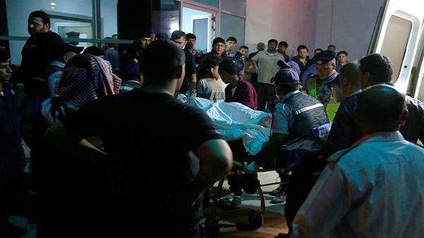 سیل در اردن؛ هجده کشته در پی سرنگونی اتوبوس حامل دانش آموزان