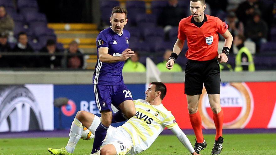UEFA Avrupa Ligi: Fenerbahçe 1 puana razı oldu, Beşiktaş ve Akhisar hüsrana uğradı