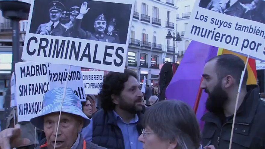 Spanien streitet über Francos Grab - Umbettung sorgt für Proteste
