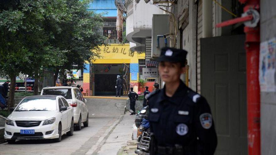 Китаянка ранила 14 детей кухонным ножом