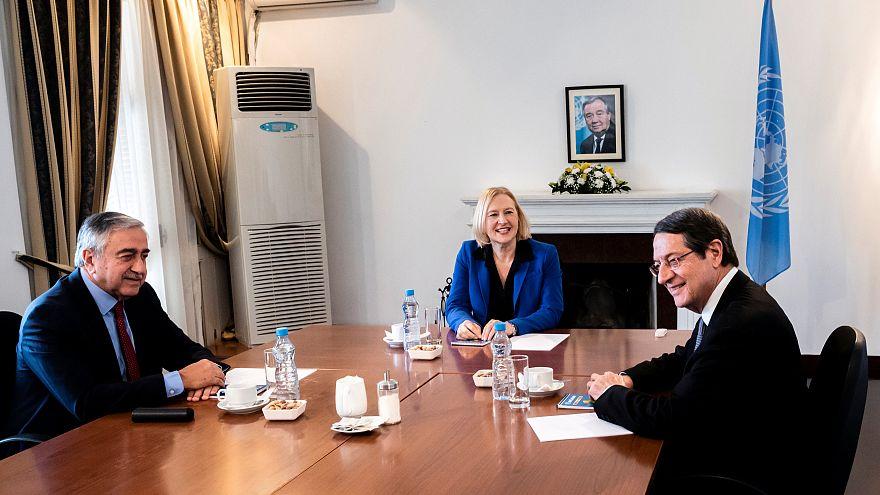 Κύπρος: Στις 12 Νοεμβρίου η διάνοιξη των οδοφραγμάτων Δερύνειας - Λεύκας
