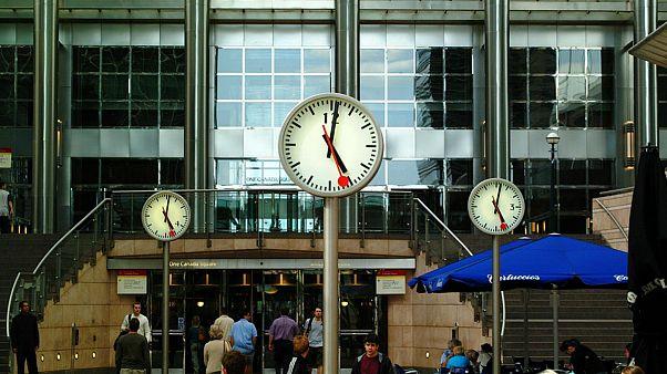 اروپاییها برای آخرین بار ساعت ها را تغییر میدهند؟