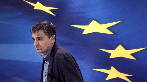 Προς έκτακτο Eurogroup για τις συντάξεις