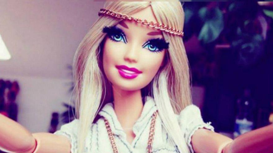 """La Barbie """"fascionista"""" vota a Bolsonaro en Instagram"""