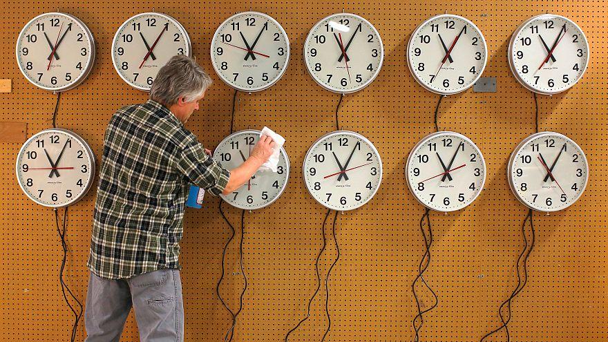 Breves de Bruxelas: Mudança de hora ainda sem consenso