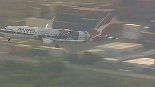شاهد: محاولة هبوط فاشلة للطائرة التي كانت تقل الأمير هاري وميغان في مطار أستراليا