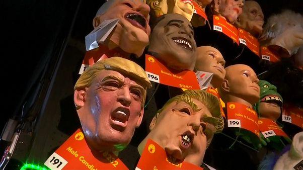 شاهد: إقبال كبير على شراء أقنعة ترامب للاحتفال بالهالوين في أمريكا