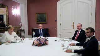 Rússia, França, Turquia e Alemanha decidem criar grupo para nova Constituição síria