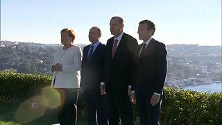 Szíria miatt ült össze Putyin, Merkel, Macron és Erdogan