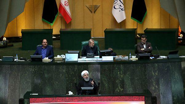 مجلس ایران به ۴ وزیر پیشنهادی روحانی رای اعتماد داد