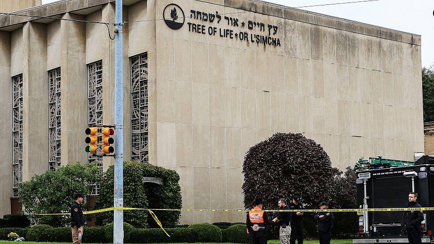 ۲۹ مورد اتهامی به عامل حمله به کنیسه یهودیان در آمریکا تفهیم شد