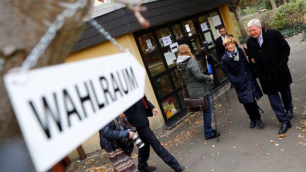 Merkel jövőjét is befolyásolhatják a hesseni választások