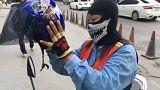 A Bangkok, la percée des femmes dans les motos taxis