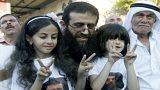 معتقل فلسطيني مضرب عن الطعام منذ 57 يوما يمتنع عن شرب الماء