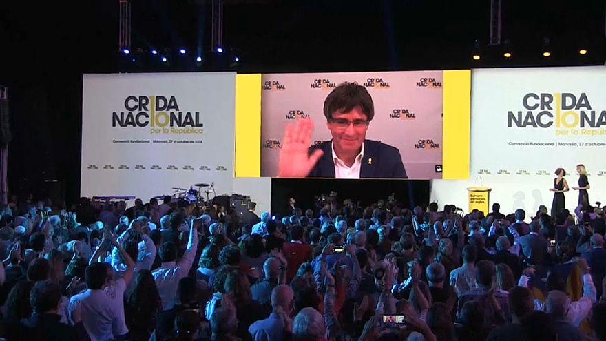 Puigdemont quer independentistas unidos no 'Crida Nacional'