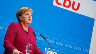Меркель завершает карьеру