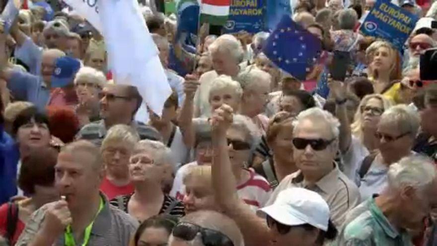 """Ferenc Gyurcsány – """"A Hungria tornou-se uma ditadura que não pode ser derrubada no parlamento"""""""