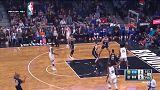 Curry guia Warriors a nova vitória em jogo de mais um recorde